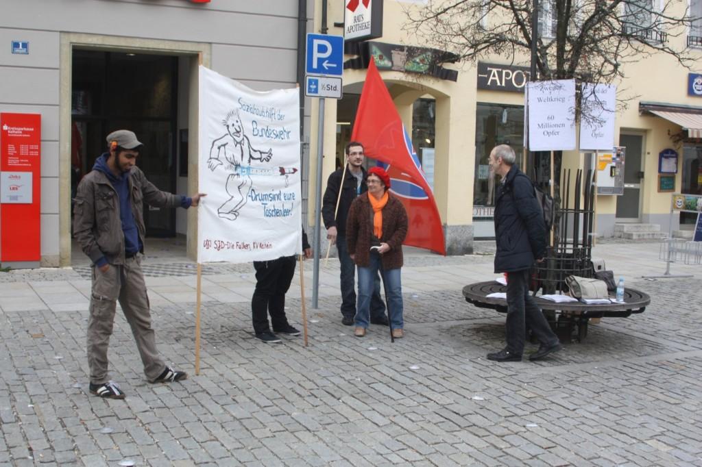 Aktion gegen Bundeswehrwerbung